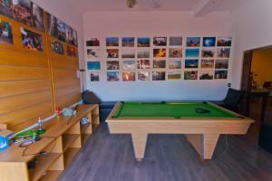 De entertainment ruimte van dit ruim opgezette huis in de studentenwijk Observatory