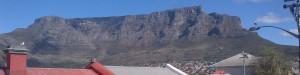 Dit is het uitzicht vanaf de patio van dit studentenhuis in de Bo-Kaap in Kaapstad