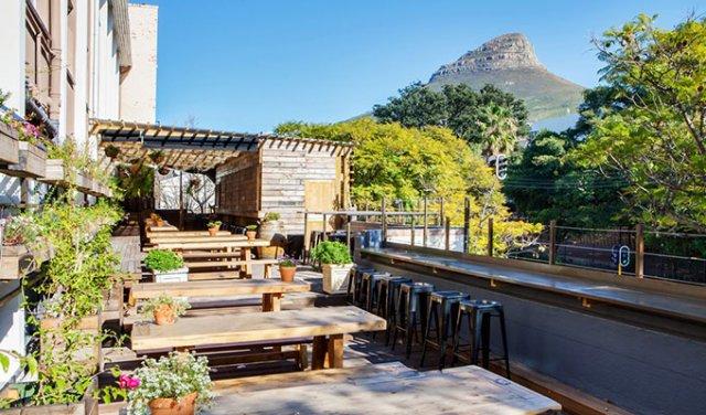 Hospitality stage bij een hotel in het zakenhart van Kaapstad